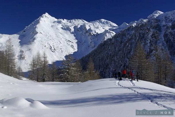 První seznámení se sněžnicemi - historie, druhy, typy, jak chodit v terénu, vše v pěkně kulise NP Hohe Tauern.
